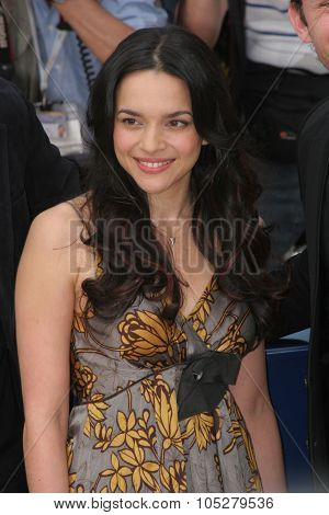 CANNES, FRANCE - MAY 16:  Norah Jones attends 'My Blueberry Nights' photocall during the 60th International Cannes Film Festival on May 16, 2007 in Cannes, France.