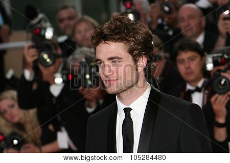 CANNES, FRANCE - MAY 20: Actor Robert Pattinson attends the 'Inglourious Basterds' Premiere at the Grand Theatre Lumiere during the 62nd Annual Cannes Film Festival on May 20, 2009 in Cannes, France