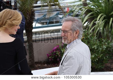 CANNES, FRANCE - MAY 15:  Nicole Kidman, Steven Spielberg attend the Jury Photocall during the 66th Annual Cannes Film Festival at the Palais des Festivals on May 15, 2013 in Cannes, France.
