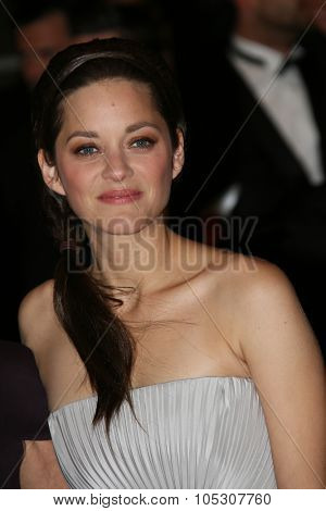 CANNES, FRANCE - MAY 21: Marion Cotillard attends 'L'Homme Qu'On Aimait Trop' premiere during the 67th Annual Cannes Film Festival on May 21, 2014 in Cannes, France.