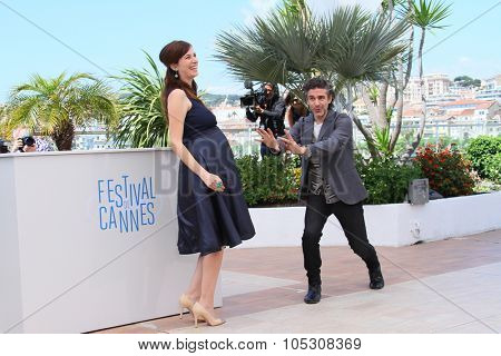 CANNES, FRANCE - MAY 17:  Maria Marull and Leonardo Sbaraglia attend the 'Relatos Salvajes' (Savage Tales) photocall during the 67th Annual Cannes Film Festival on May 17, 2014 in Cannes, France.