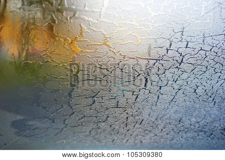 the car windshield in the winter