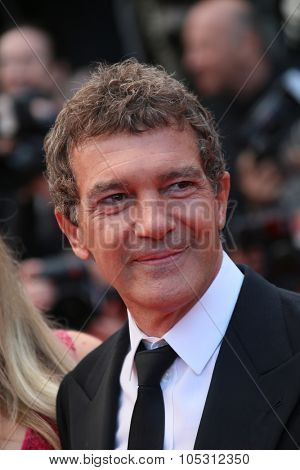 CANNES, FRANCE - MAY 19: Antonio Banderas   attends the 'Sicario' premiere during the 68th annual Cannes Film Festival on May 19, 2015 in Cannes, France