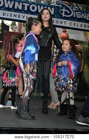 LOS ANGELES - OCT 17:  Sofia Carson, fans at the Stars of