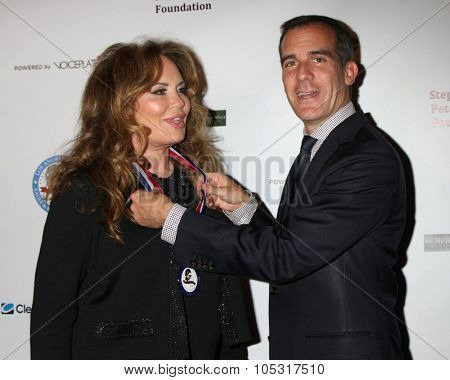 LOS ANGELES - OCT 17:  Catherine Bach, Eric Garcetti - Los Angeles Mayor at the  LAPD Eagle & Badge Foundation Gala at the Century Plaza Hotel on October 17, 2015 in Century City, CA