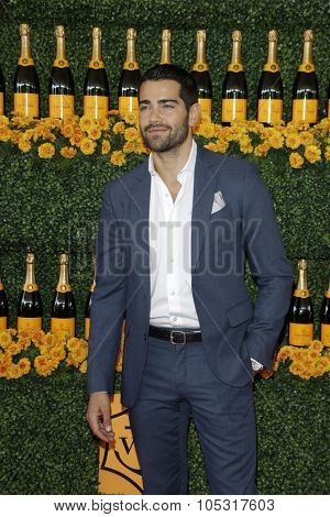 LOS ANGELES - OCT 17:  Jesse Metcalfe at the Sixth-Annual Veuve Clicquot Polo Classic at the Will Rogers State Historic Park on October 17, 2015 in acific Palisades, CA
