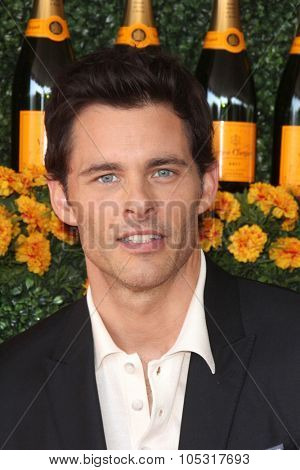 LOS ANGELES - OCT 17:  James Marsden at the Sixth-Annual Veuve Clicquot Polo Classic at the Will Rogers State Historic Park on October 17, 2015 in acific Palisades, CA