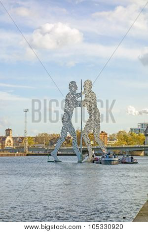 Molecule Man Sculpture