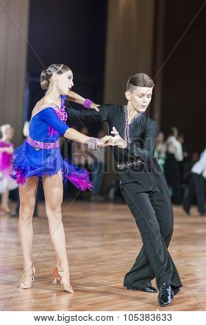 Minsk, Belarus -september 26, 2015: Panysh Denis And Komar Irina Perform Juvenile-1 Latin-american P