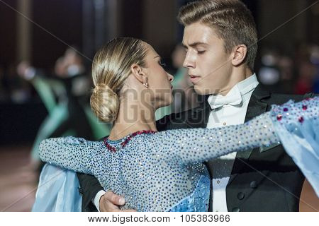 Minsk, Belarus-september 26, 2015: Tirzin Anatoliy And Bugaev Alexa Perform Adult Standard Program O