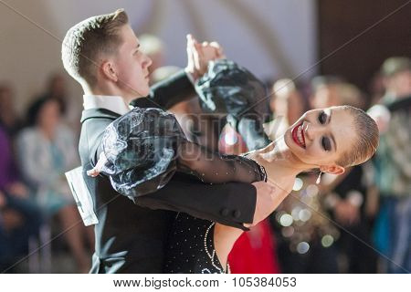 Minsk, Belarus-september 26, 2015: Sabolevskiy Iliya And Buldyk Arina Perform Youth Standard Program