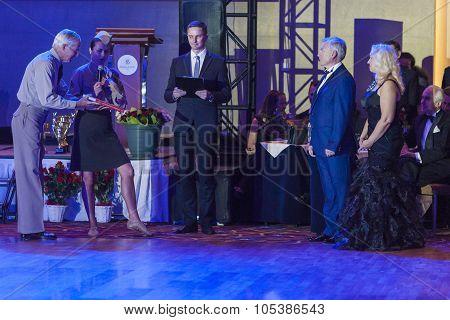 Minsk,belarus-september 26,2015:john Gusenhoffer And Irina Lobanova(usa)greet Organizers Of The Cham