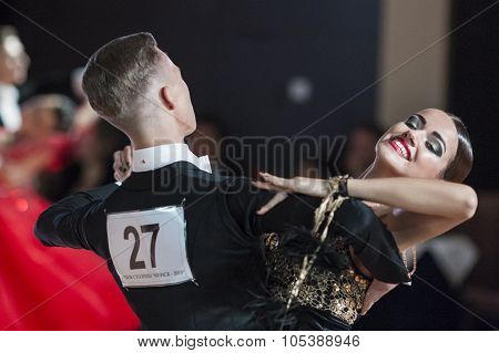 Minsk, Belarus-september 26, 2015: Uglanov Alexey And Trigubko Alena Perform Juniors-2 Standard Prog