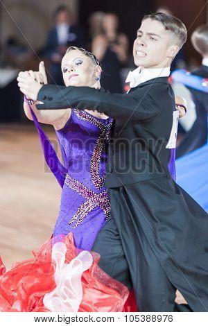 Minsk, Belarus-september 26, 2015: Danila Shmidt And Gumenyuk Alina Perform Juniors-2 Standard Progr