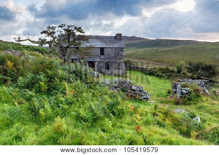 Farmhouse On Garrow Tor