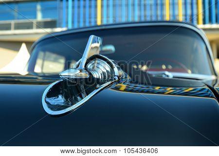 Classic car (Detail bonnet)