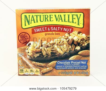 Box Of General Mills Nature Valley Sweet And Salty Nut Bars