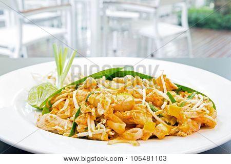 pad thai, thai's style fried noodle