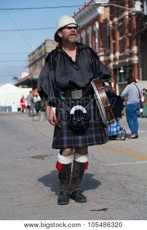 Galveston, Tx/usa - 12 06 2014: Male Drummer In Traditional Scottish Costume At Dickens On The Stran