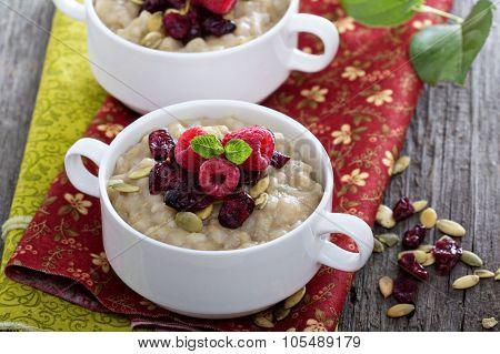 Pearl barley porridge