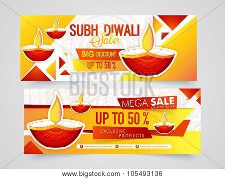 Creative sale website header or banner set with lit lamps for Indian Festival of Lights, Happy Diwali celebration.