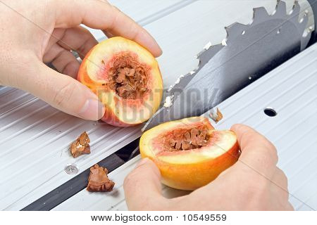 nectarine cut into half