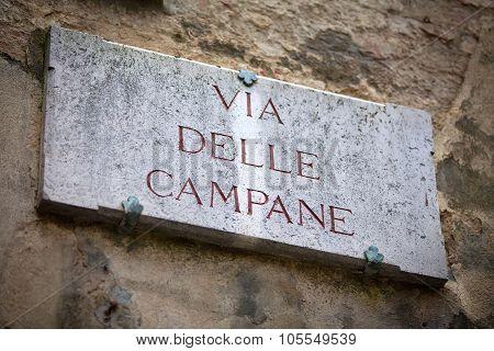 Via Delle Campane In Siena