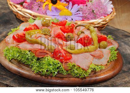 Ham Plate, Ham, Pepperoni, Tomatoes, Olive, Lettuce