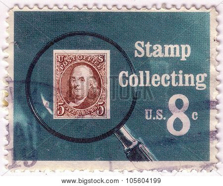 United States Of America - Circa 1972: A Stamp Printed In Usa Shows Pictures Magnifying Glass Over U