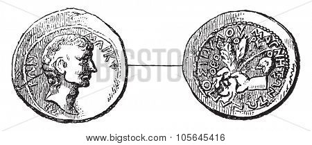 Antique coin with the portrait and the name of Cicero, vintage engraved illustration. Magasin Pittoresque 1877.