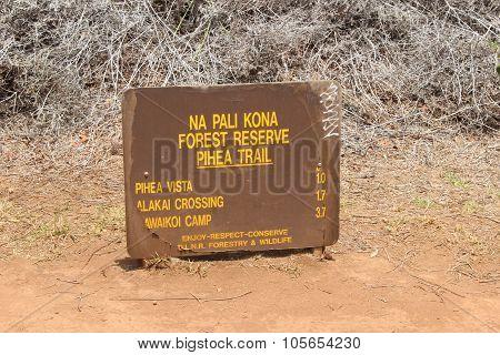 Na Pali Kona forest