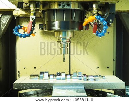Machining Center Making Precision Mold