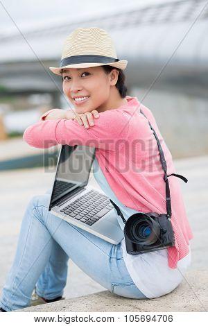 Freelance Lovely Photographer