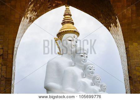 White Buddha Statue With Arch Frame