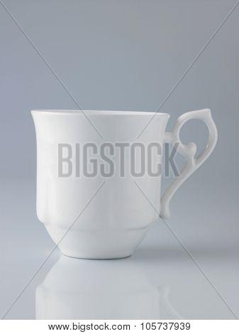 white mug with beatiful handle