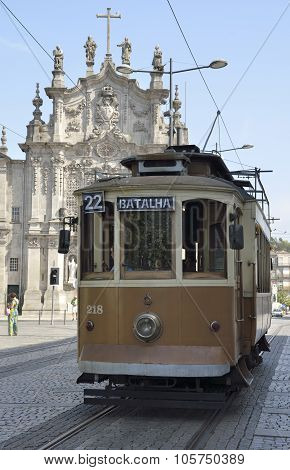 Historical Tram In Front Of Carmo Church
