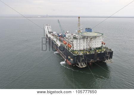 Pipelaying Barge.