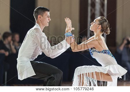 Minsk, Belarus-september 27, 2015: Karatkevich Vladimir And Kratchenko Nataliya Perform Juniors-2 La