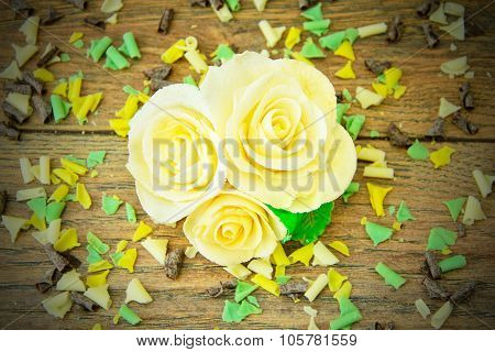 Sweet Edible Decorations: Rose Mastic.