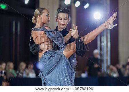 Minsk, Belarus -september 27, 2015: Novikov Dmitriy And Ryabovskaya Nadezhda Perform Perform Juvenil