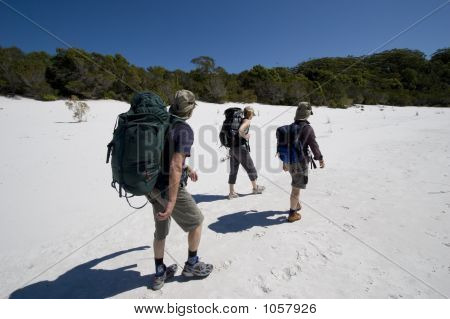 Three Hikers In Australia 5