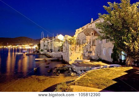 Town Of Vis Evening Waterfront View