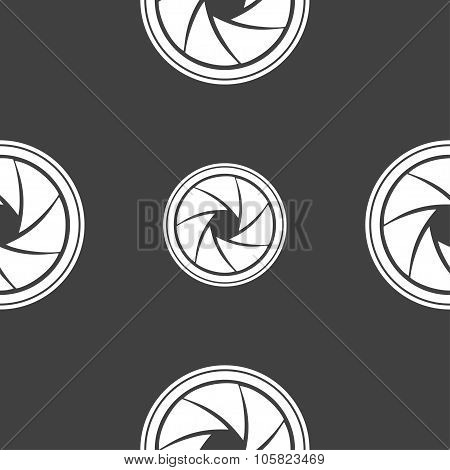 Diaphragm Icon. Aperture Sign. Seamless Pattern On A Gray Background. Vector