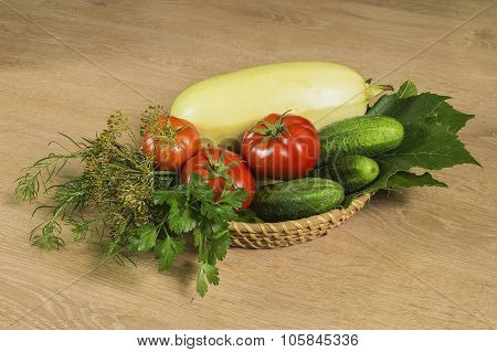 Joint Tomatoes And Cucumber