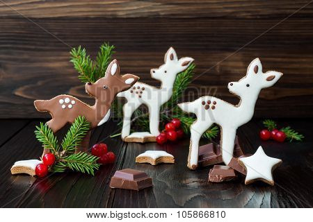 Christmas holiday gingerbread baby deer or fawn cookies. Free text copy space