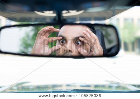 Sleepy Driver Reactions In Rearview
