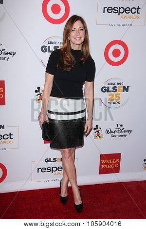 LOS ANGELES - OCT 23:  Dana Delany at the 2015 GLSEN Respect Awards at the Beverly Wilshire Hotel on October 23, 2015 in Beverly Hills, CA