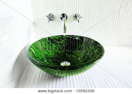 Design Sink With Running Water