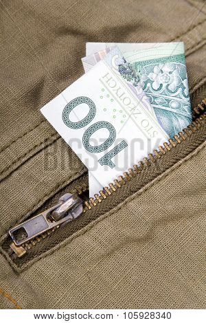 one hundred zloty bill
