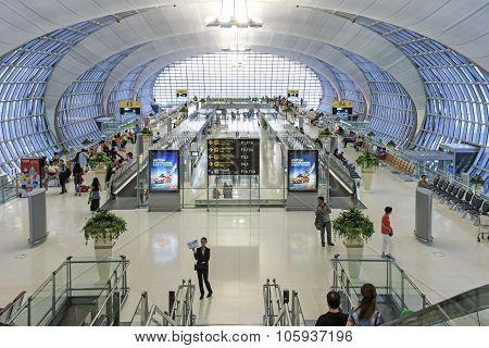 Bangkok, Tailand - March 20,2015: Interior Of The Suvarnabhumi Airport Of Bangkok, One Of Two Intern